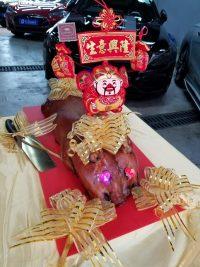 百褔金乳豬開張裝飾連開運金刀